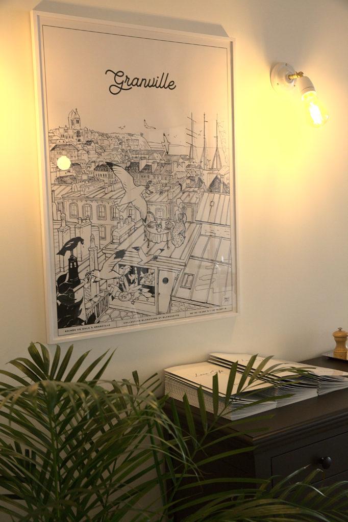ambiance cosy au loca café restaurant à Granville